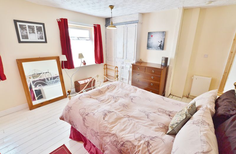 2 Bedroom Terraced House For Sale - Photo 11
