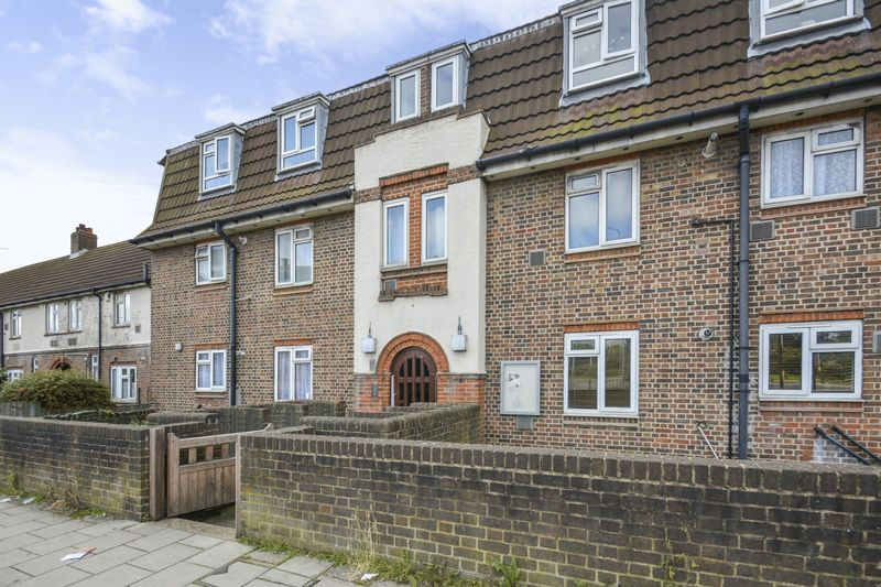 2 Bedrooms Property for sale in Tollgate Road, London