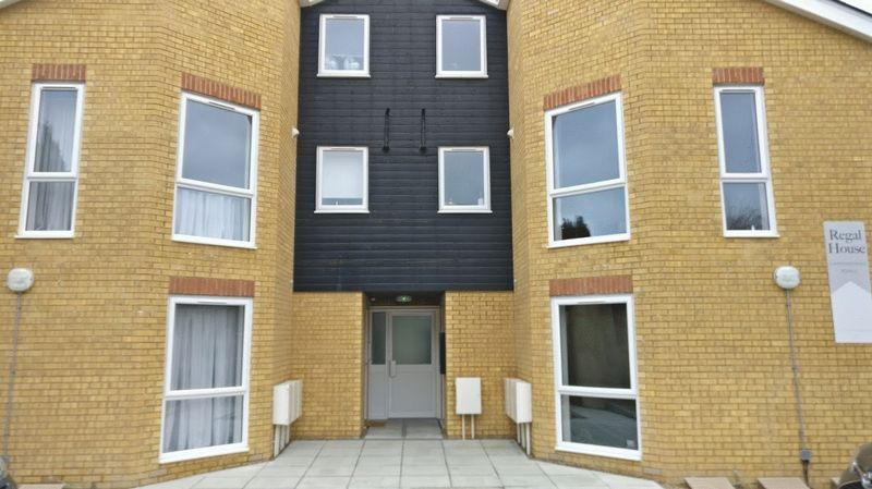 1 Bedroom Property for sale in Monson Road, Redhill