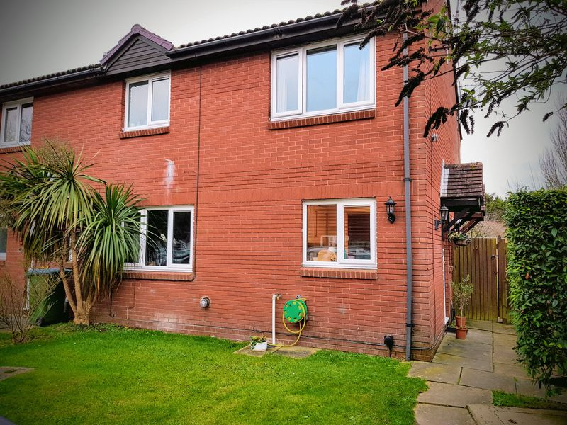 1 Bedroom Property for sale in Baldwin Close, Bognor Regis