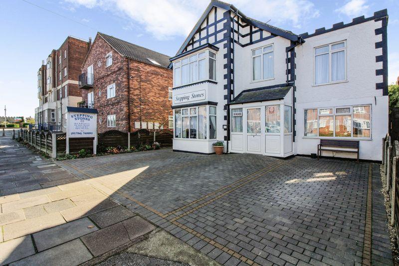 9 Bedrooms Property for sale in Castleton Boulevard, Skegness
