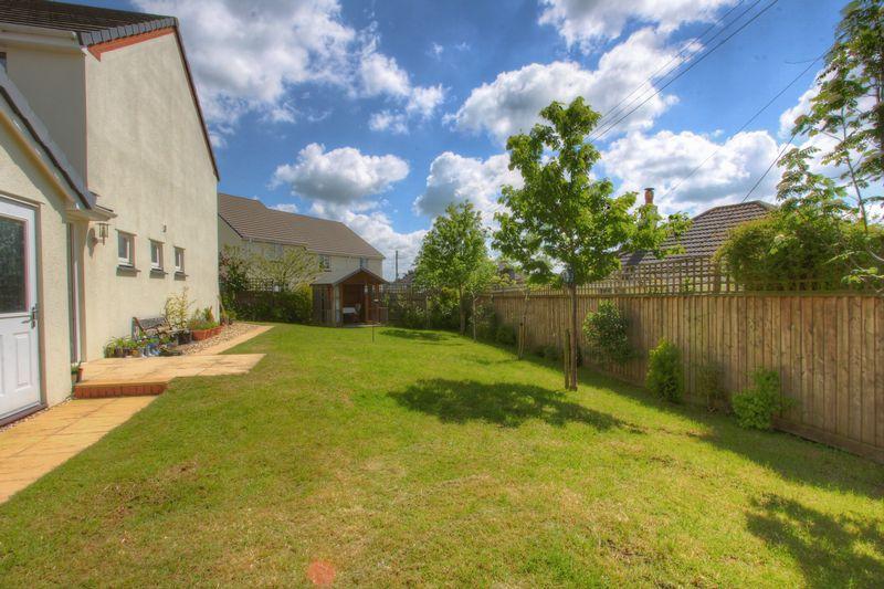 property-620881916