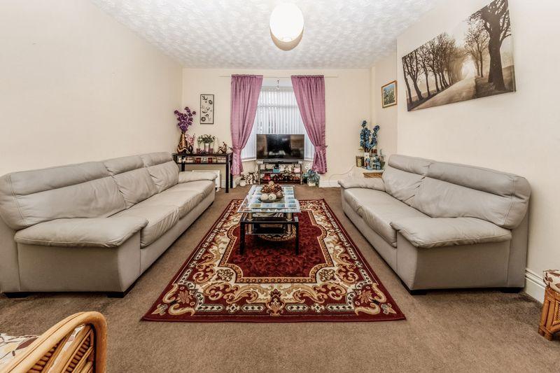 3 Bedrooms Property for sale in Lawrence Street, Darlington