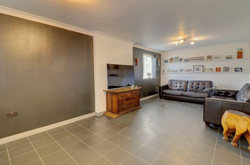 property-620881478
