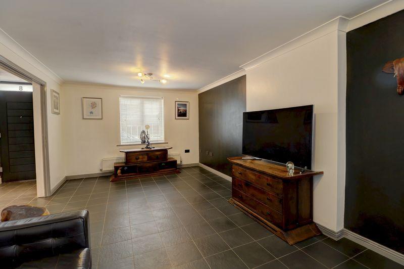 property-620881475