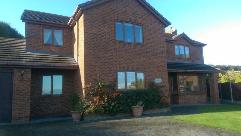 4 Bedrooms Property for sale in Maes Megann, Off New Road, Gwespyr