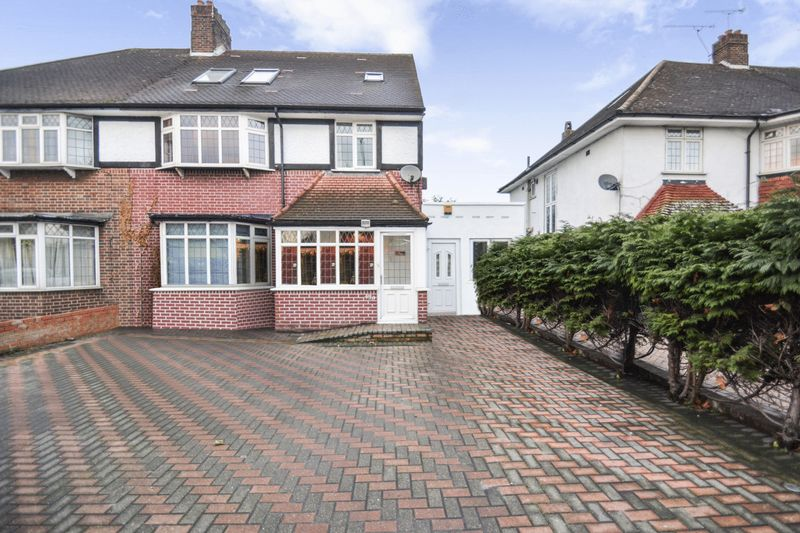 10 Bedrooms Property for sale in Westhorne Avenue, London