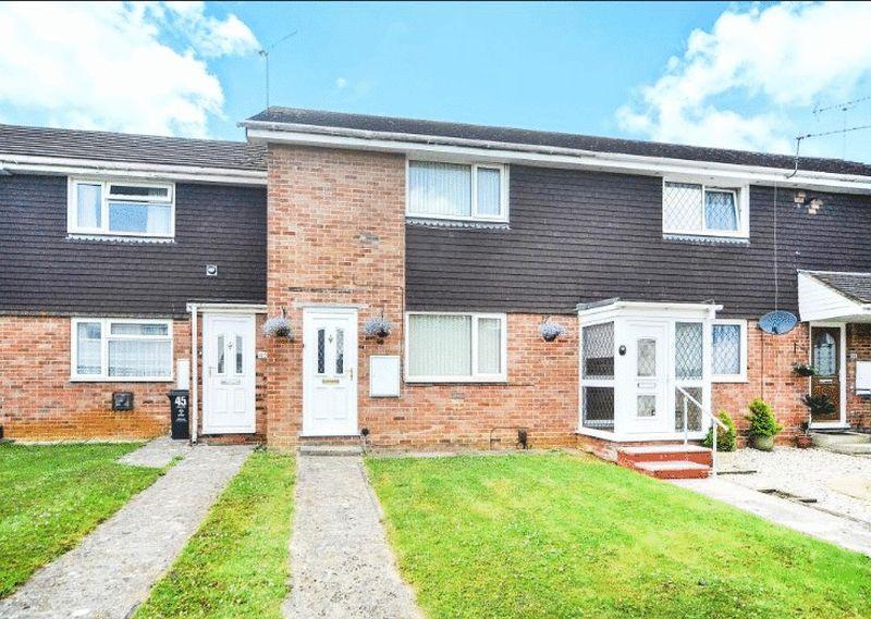 2 Bedrooms Property for sale in Sedgebrook, Swindon