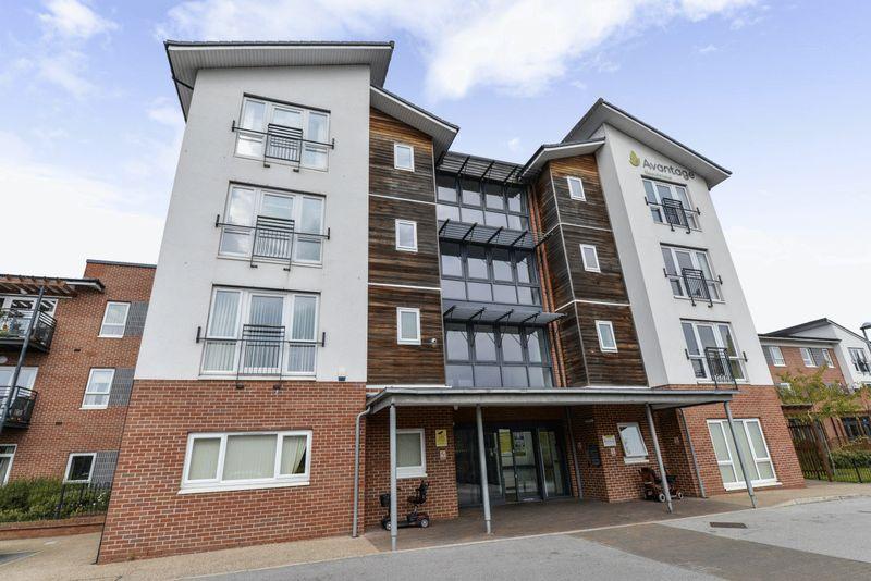 2 Bedrooms Property for sale in Rolls Avenue, Crewe