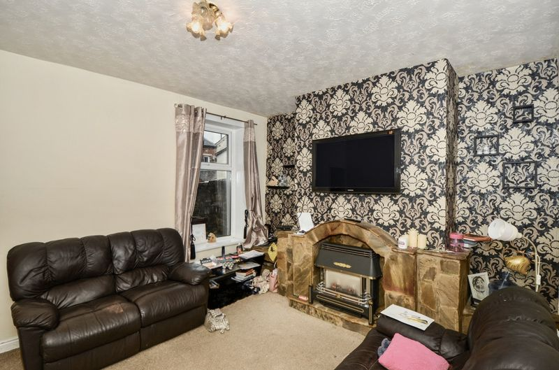 2 Bedrooms Property for sale in Redearth Road, Darwen