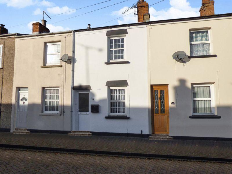 2 Bedrooms Property for sale in Charles Street, Cheltenham