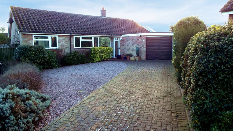 4 Bedrooms Property for sale in Beauchamp Close, Norwich