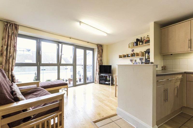 1 Bedroom Property for sale in Lee High Road, London
