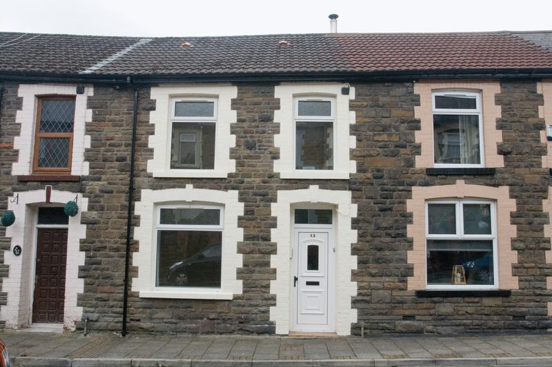 3 Bedrooms Property for sale in Kenry Street, Treorchy