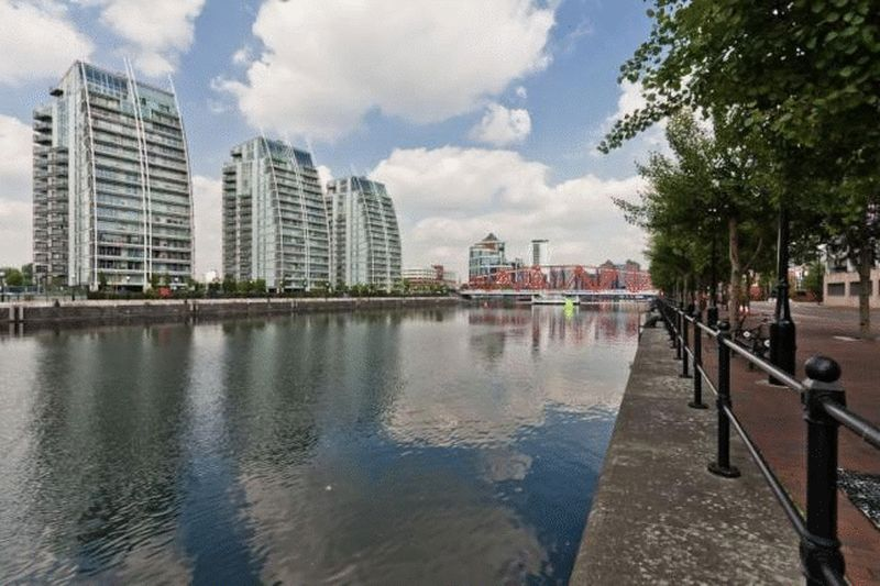 2 Bedrooms Property for sale in NV Buildings, The Quays, Salford