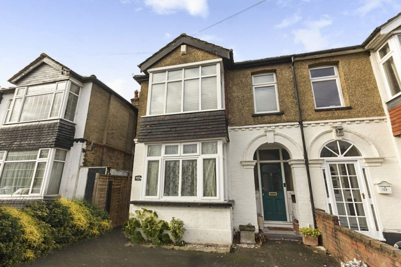 1 Bedroom Property for sale in Gander Green Lane, Sutton