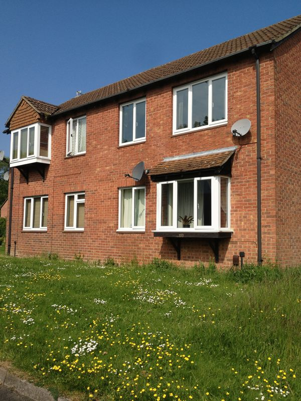 1 Bedroom Property for sale in Beecham Berry, Basingstoke