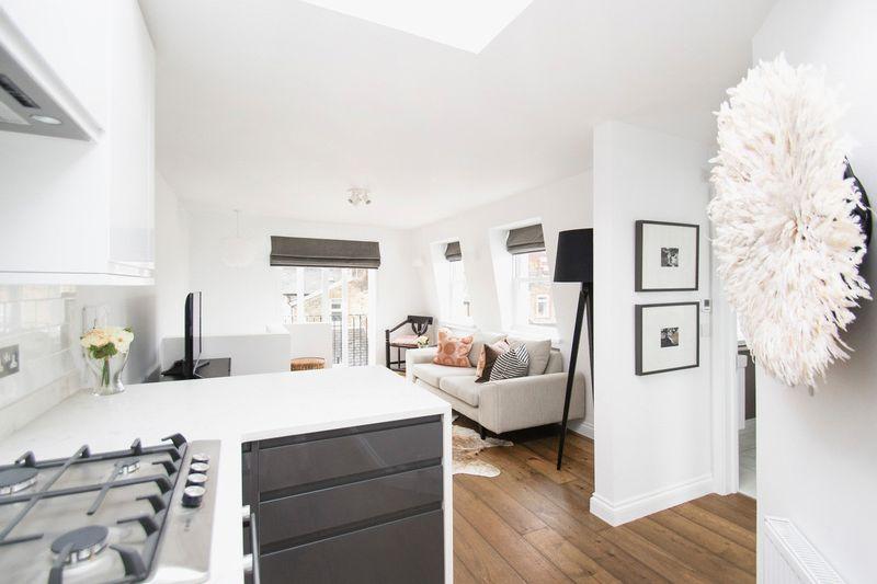 1 Bedroom Property for sale in Garratt Terrace, London