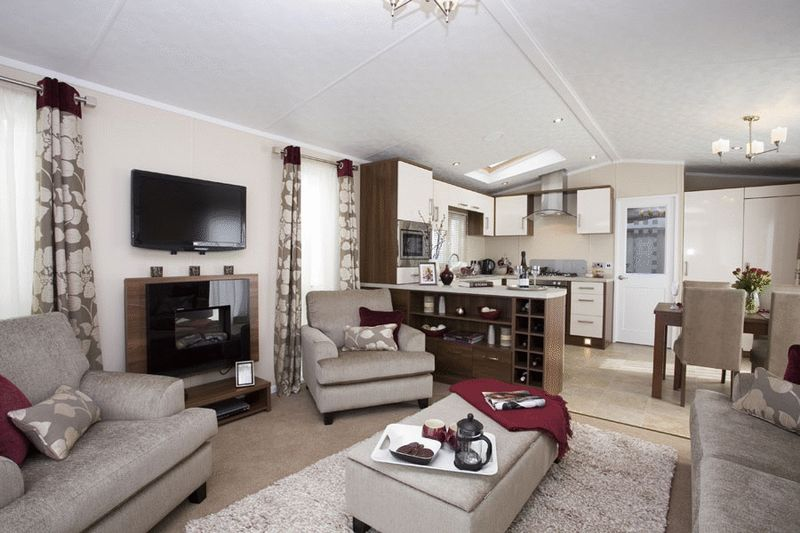 2 Bedrooms Property for sale in 2013 Pemberton Park Lane 42x14