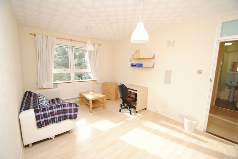 1 Bedroom Property for sale in Hornsey Road, London