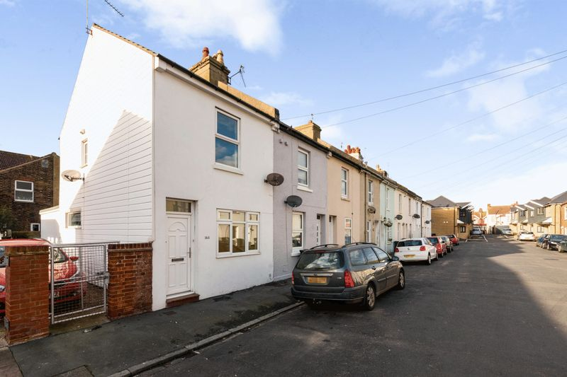 2 Bedrooms Property for sale in Longstone Road, Eastbourne