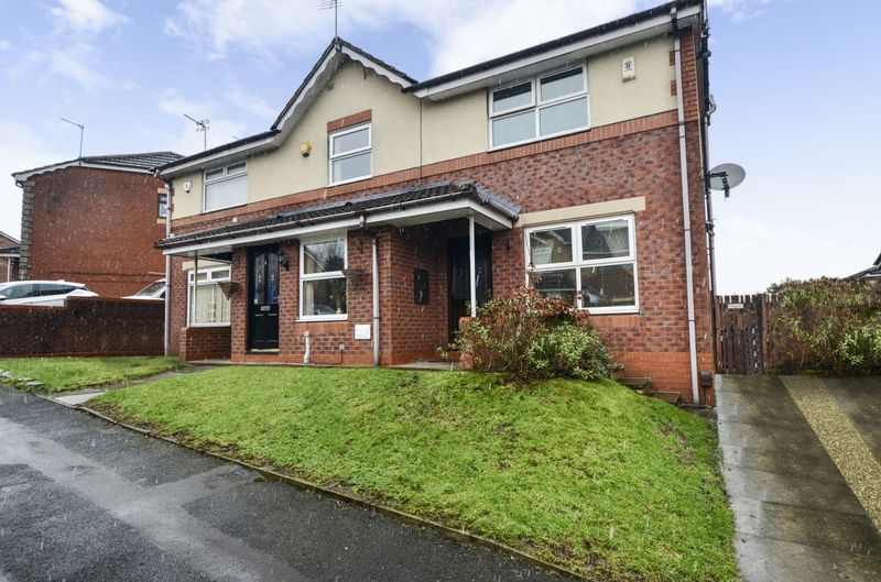 2 Bedrooms Property for sale in Titchfield Road, Oldham