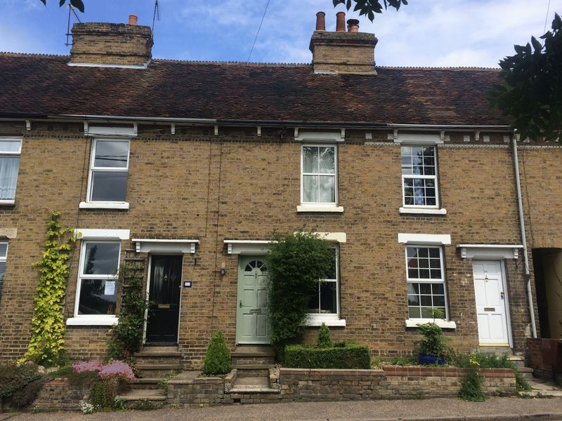 2 Bedrooms Property for sale in Hedingham Road, Halstead
