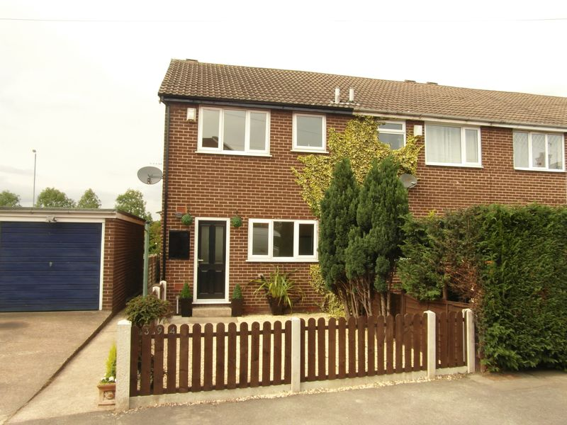 2 Bedrooms Property for sale in Denby Dale Road East, Wakefield