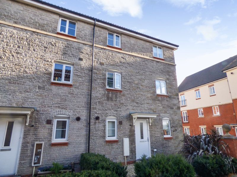 3 Bedrooms Property for sale in Mallard Close, Bristol
