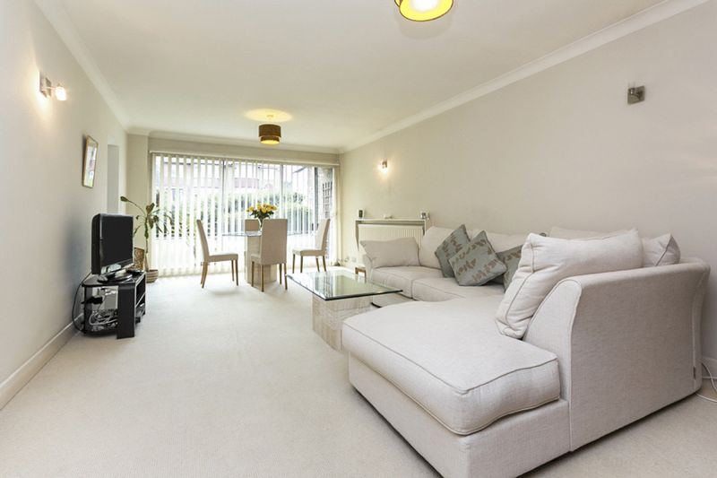 1 Bedroom Property for sale in Church Hill, London, N21