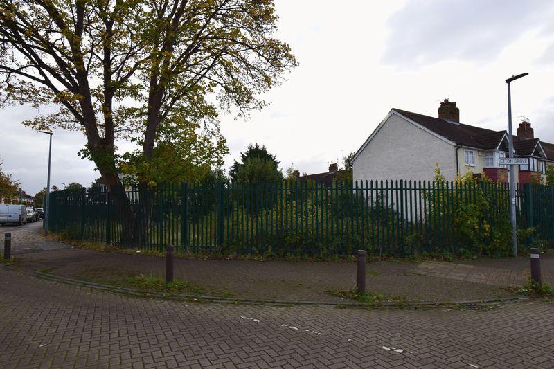 Etton Grove, , Hull, East Riding of Yorkshire, HU6 8JY