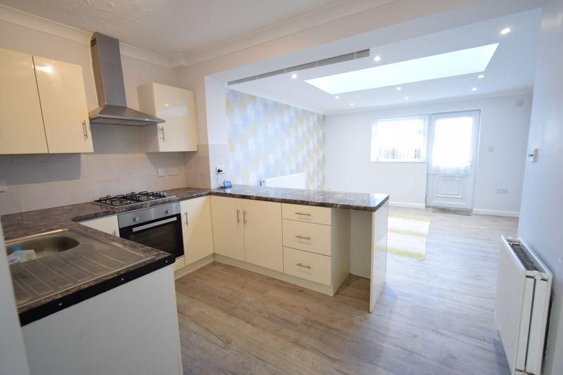 Manor Road, , Hull, East Riding Of Yorkshire, HU5 5NS