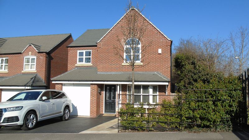 29,  Towers Drive,  Hinckley  LE10