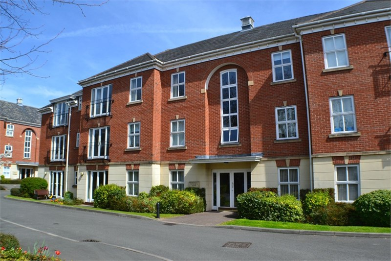 9,  Bosworth House,  Priory Walk,  HINCKLEY  LE10