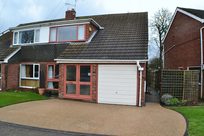 30,  Moat Close,  Thurlaston,  Leicester  LE9