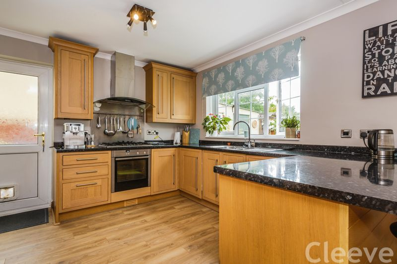 Photo of 10 Cleeve Road