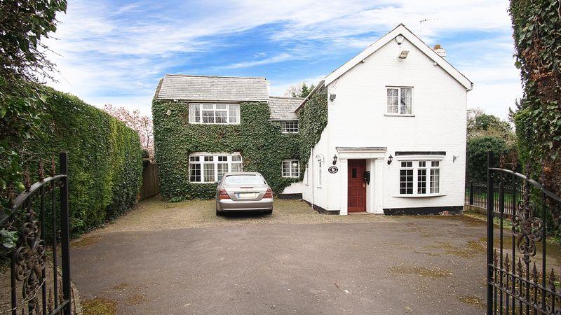 Photo of Pickwick Cottage Swan Lane