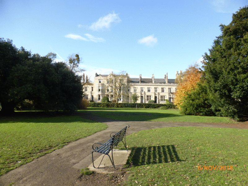 Photo of 10 Lawnswood Court Wellington Square