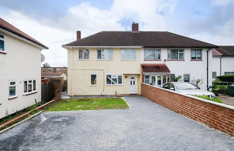4 Bedrooms Property for sale in Chaplin Road, Wembley