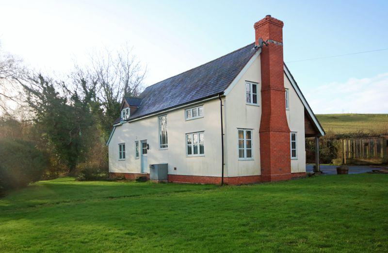 3 Bedrooms Property for sale in Sampford Brett - 3.5 acres