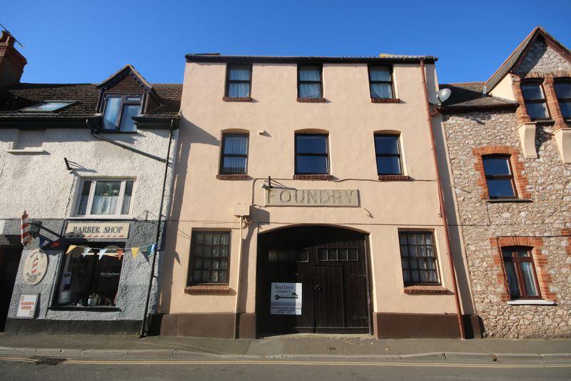 3 Bedrooms Property for sale in Swain Street, Watchet