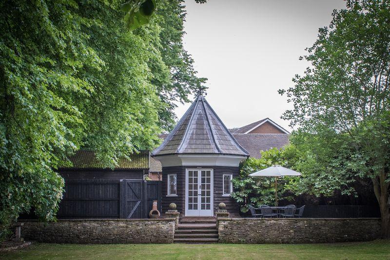 Oakleigh House, Lichfield