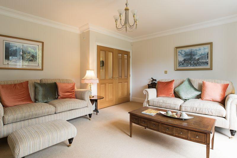 Avenue Road, Dorridge for sale with Mr and Mrs Clarke estate agent