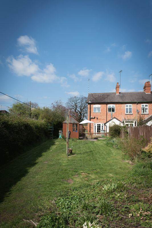 Min-Y-Don Cottage, Lapworth. .