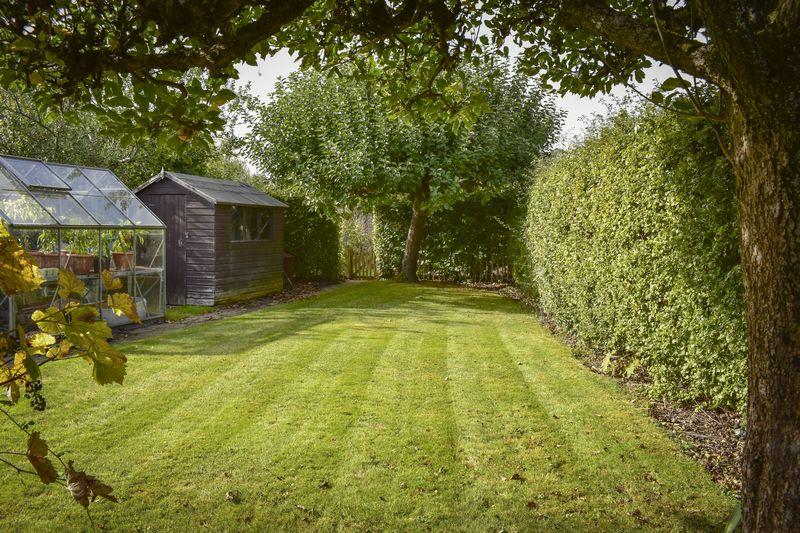Ridgeway Crescent, Tonbridge for sale with Mr and Mrs Clarke estate agent