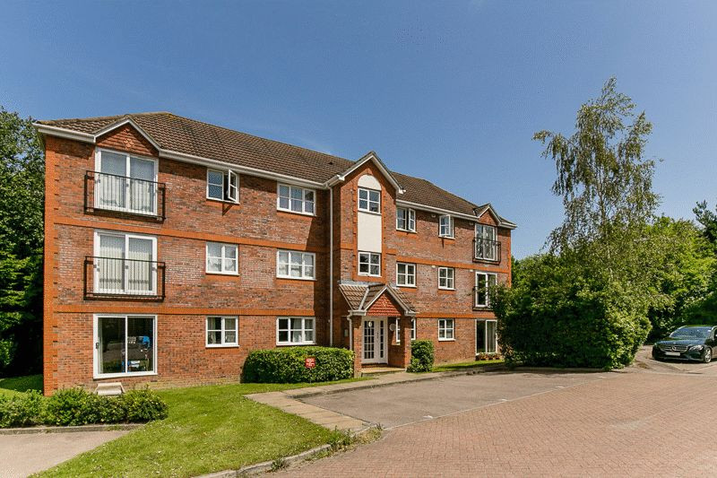 Dakin Close, Maidenbower, CRAWLEY
