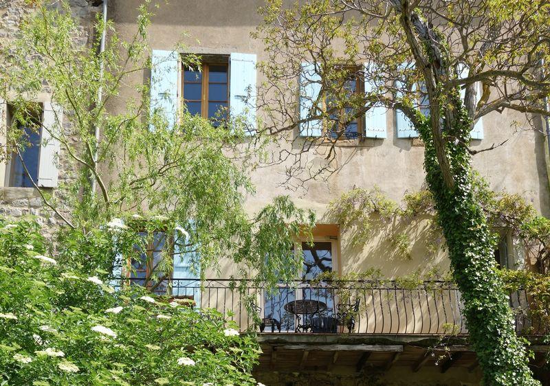 Fabulous riverside apartment in heart of historic village