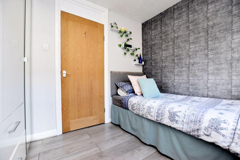 property thumbnail bedroom-3%281%29.jpg
