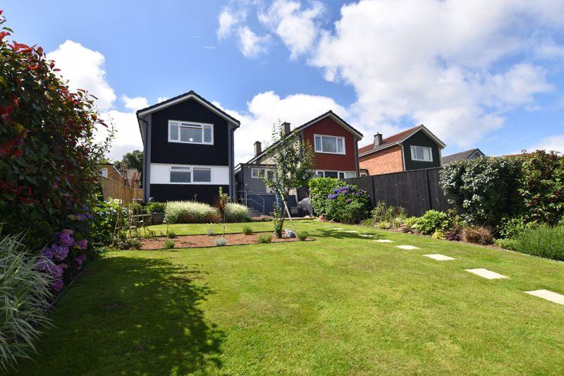 property thumbnail garden-1%282%29.jpg