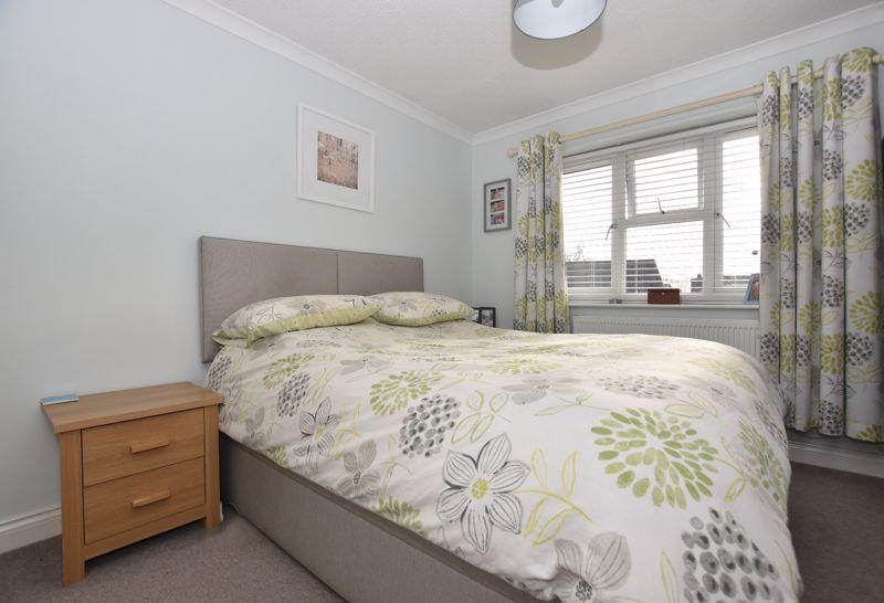 property thumbnail bed1.jpg